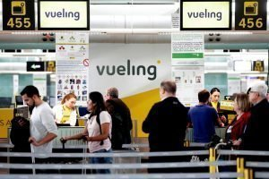 Mostradores de facturación en el aeropuerto de Bilbao
