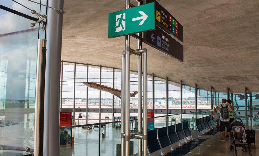 salidas aeropuerto valencia